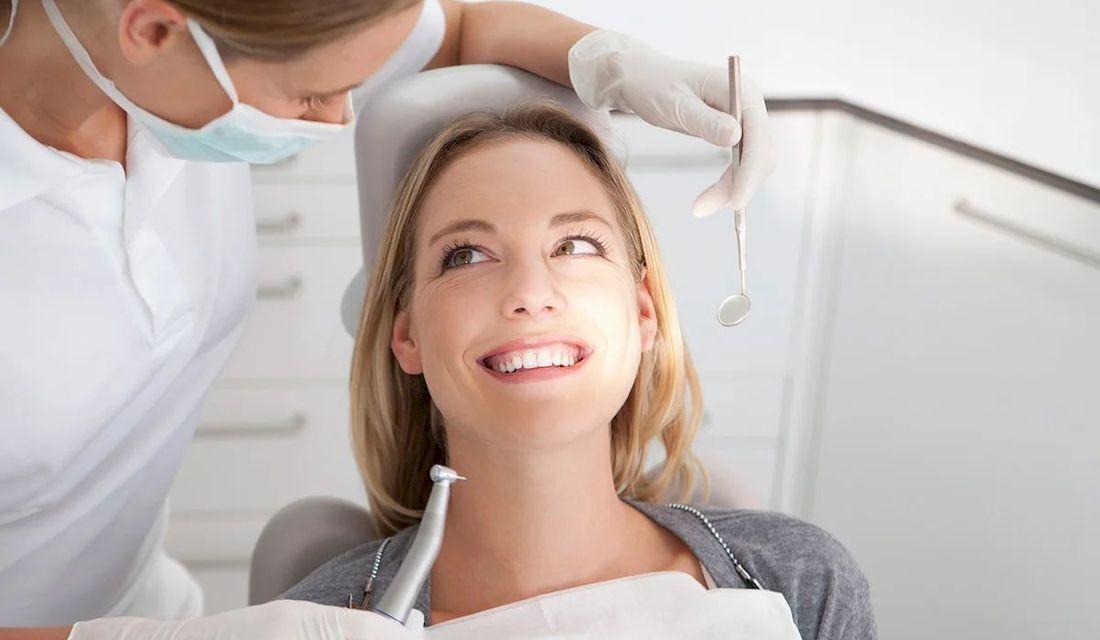 Первая процедура в кресле стоматолога
